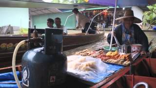 Damnoen Saduak Floating Market Tour Bangkok [Singapore Travel Blog - PassportChop.com]