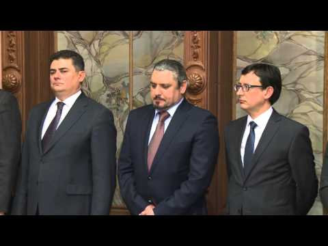Members of new government take oath before Moldovan president