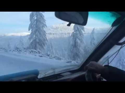 Олчанский перевал. Якутия. Зимой / Olchan Pass on Kolyma Road in Siberia, Russia (видео)