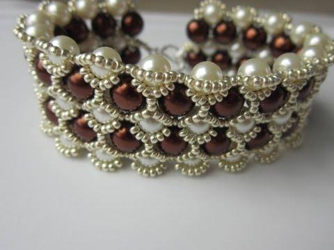 Beaded Bracelet with 8mm and 6mm Glass Pearl  . Бисерный Браслет из 8мм и 6мм жемчуга
