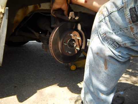 Front Brake Pad Replacement 1999 Buick Century Custom
