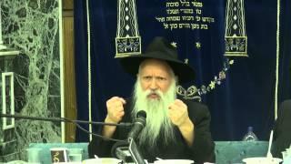 """הרב יצחק גינזבורג – פרשת פינחס – מי הם """"זמרי"""" ו""""כזבי"""" בדור האחרון?"""
