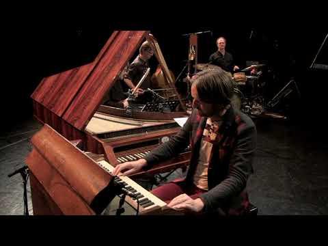 Hossein Alizadeh (Iran) & Rembrandt Trio