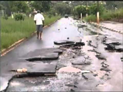 Forte chuva caí em Ituiutaba na madrugada de terça-feira (29)
