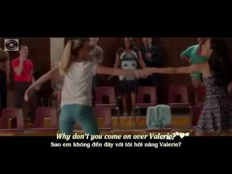 Tekst piosenki Glee Cast - Valerie (Season Five) po polsku