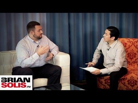 Dunkin' Donuts: Social Media to Improve Customer Relationships | Revolution Season 2 | BrianSolisTV