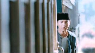 Nonton Di Bawah Lindungan Ka Bah 2011 Dblk Official Trailer Hd Film Subtitle Indonesia Streaming Movie Download