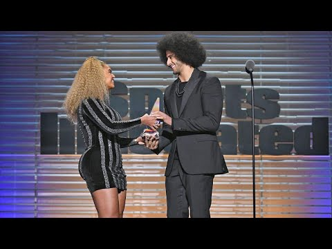 Beyonce presents Colin Kaepernick with SI's Muhammad Ali Legacy Award