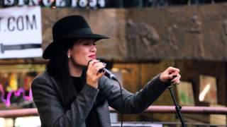 Download Lagu Jessie J - Price Tag (Acoustic in Camden) for Transmitter Live Mp3