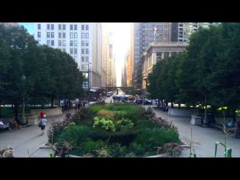 chicago - We spent 24 hours capturing the essence of downtown Chicago in the summertime using Instagram's brand new app, Hyperlapse.
