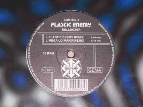 Plastic Enemy - Bulldozer (Plastic Enemy Remix 160bpm) (видео)