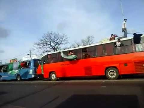 laferrere caravana a la cancha de temperley - La Barra de Laferrere 79 - Deportivo Laferrere