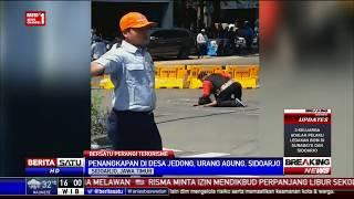 Video Video Penangkapan Terduga Teroris oleh Densus 88 di Sidoarjo MP3, 3GP, MP4, WEBM, AVI, FLV Mei 2018