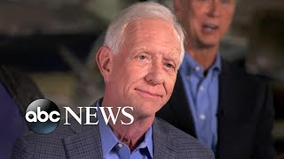 Video Capt. Sully reunites with passengers on 10th anniversary of 'Miracle on the Hudson' MP3, 3GP, MP4, WEBM, AVI, FLV Juni 2019