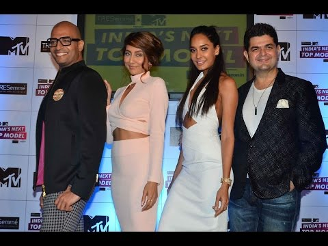 Lisa Haydon Sets The Stage On Fire At MTV India's