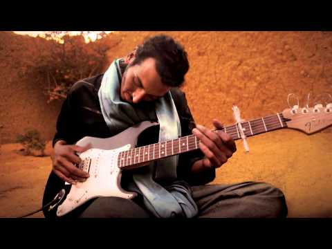Bombino - Bombino - Agadez - 11 - Mahegagh (What Shall I Do) BONUS TRACK.