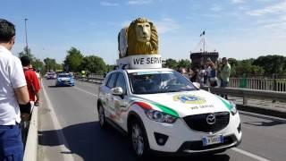 Cassano D'Adda Italy  city pictures gallery : La carovana del Giro d'Italia a Cassano d'Adda