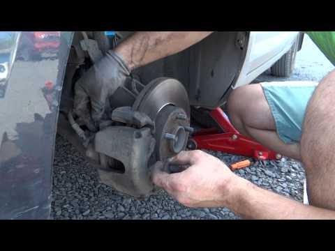 Форд фокус 2 замена передних тормозных дисков снимок