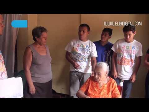 Entrega de sillas de ruedas Matagalpa