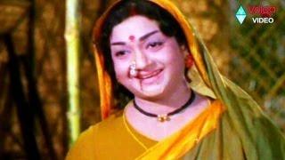 Movie: Bhakta Tukaram, Starring: Akkineni Nageswara Rao, Anjali Devi, Sivaji Ganesan, Ramakrishna, Kanchana, C. Nagabhushanam, Dhulipala, Sridevi, Directed b...