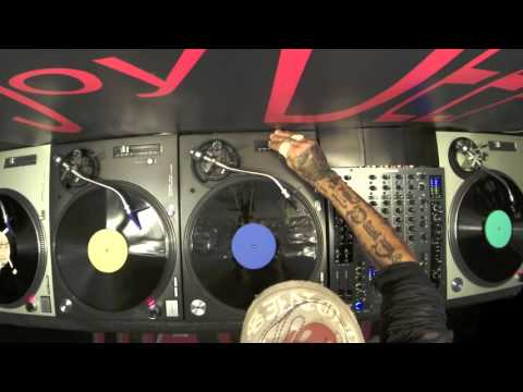 3 DECKS Mixing The Art and Science of The Mix 100% Vinyl