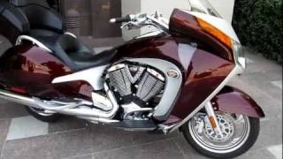 4. Victory Vision Premium 1,000 miles Like new, Performance Exhaust