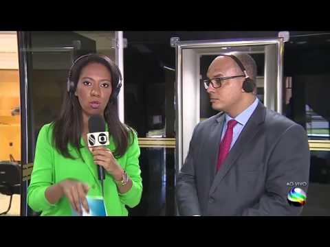 Reporter Maristela Niz acompanha repercussão do atraso dos salários dos servidores