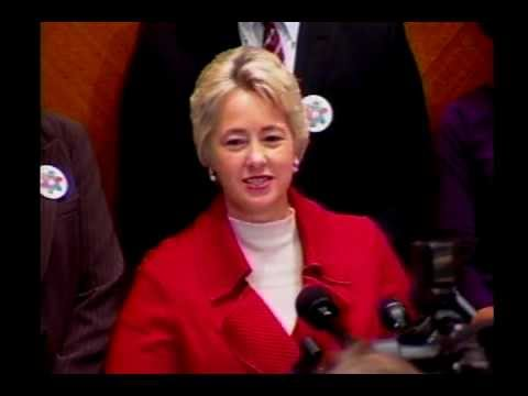 Mayor Parker Proclaims Citizenship Week for Houston – 11/07/12
