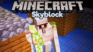 Skyblock Iron Farm! • Minecraft 1.15 Skyblock (Tutorial Let's Play) [Part 13]