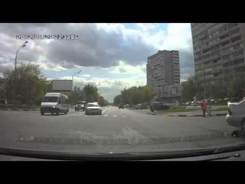 Авария в Москве  на Скрябина