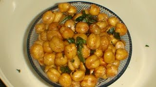 Kabuli chana namkeen is a crispy snack. It can be served as a tea time snack or just a time pass snack. It can be stored for about a week.