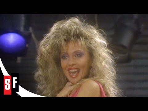 """The Facts of Life: The Complete Series (3/5) Cinnamon (Stacey Q) Performs """"Two of Hearts"""""""