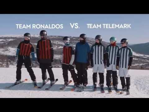 Trượt tuyết kết hợp đá bóng :3