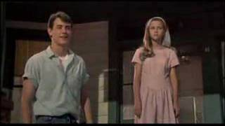 Download Video Man In The Moon Trailer 1991 MP3 3GP MP4
