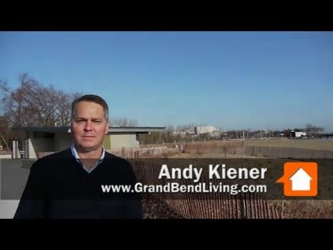 Walking Evanston's lakefront and the Northwestern campus with Grand Bend's Andy Kiener