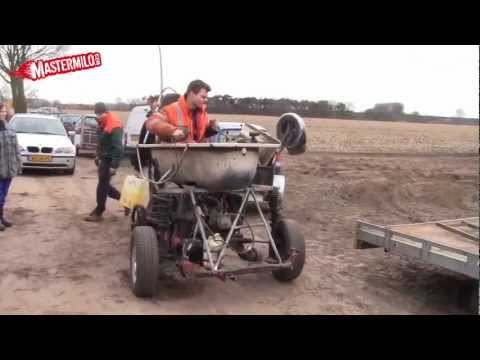 Bathtub racing requires vehicles to have 2-cylinder engines