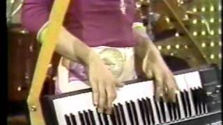 Video Todd Rundgren's Utopia - Couldn't I Just Tell You (Midnight Special 2-74) MP3, 3GP, MP4, WEBM, AVI, FLV Maret 2019