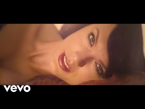 Taylor Swift shares 'Wildest Dreams' video