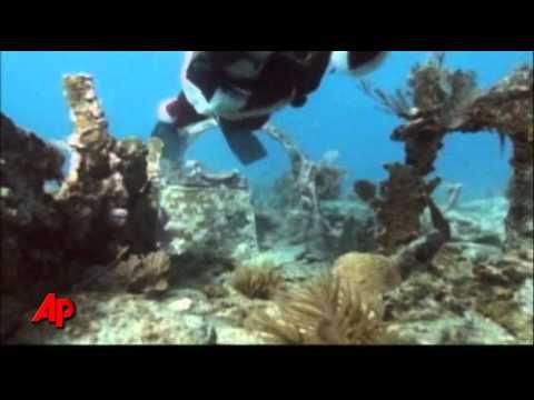 Raw Video: Santa Dives Off Florida Coast