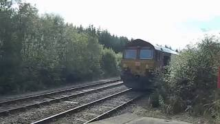 Lairg United Kingdom  city photo : DB 66111 Locomotive arrives to pick up fuel tankers Lairg Station BR Scotland UK