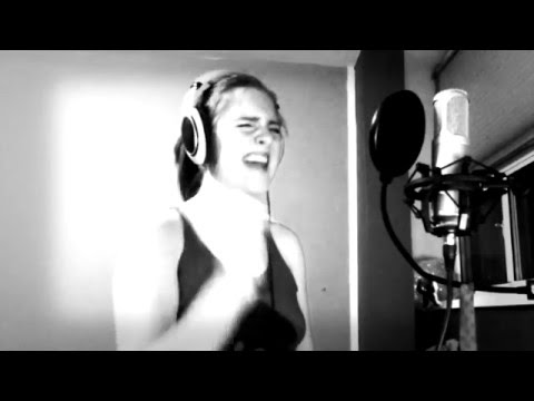 "Jessie J  ""Domino"" Cover"