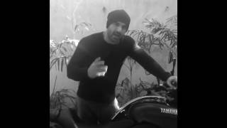 10. JOHN ABRAHAM  WITH HIS BIKE YAMAHA V-MAX!! SHOWING ITS FEATURES