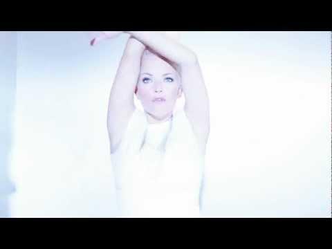 Tekst piosenki September - Me & My Microphone po polsku