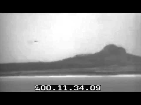 Ww2 Bombing Of Ie Jima 1945 (full)
