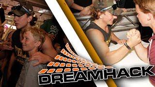 DreamHack summer 2017 dag 1, hoppas ni diggarttt! =D Del 2 kommer om någon dag! =)) Subscribe! http://bit.ly/HfgeQo...