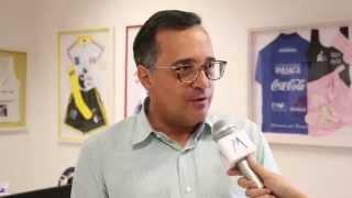 Dr. Paulo Gentile visita a sede da APEC