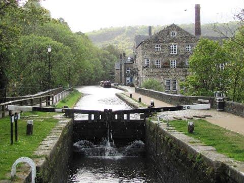 Hebden Bridge   Hardcastle Crags   Crimsworth Dean round   west yorkshire  Walks