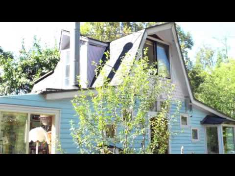 A home that fully runs on Solar power! Live the green life!