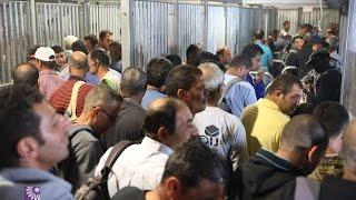 يوم العمال العالمي ومعاناة العمال الفلسطينيين على معبر الطيبة جنوب طولكرم