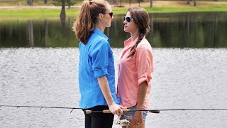 Video Wife Fishing Battle!!   Ocean Spoon Girl vs Heather MP3, 3GP, MP4, WEBM, AVI, FLV Oktober 2018